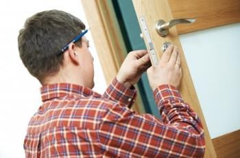Türnotöffnungen bieten nahezu alle Schlüsseldienste rund um die Uhr an